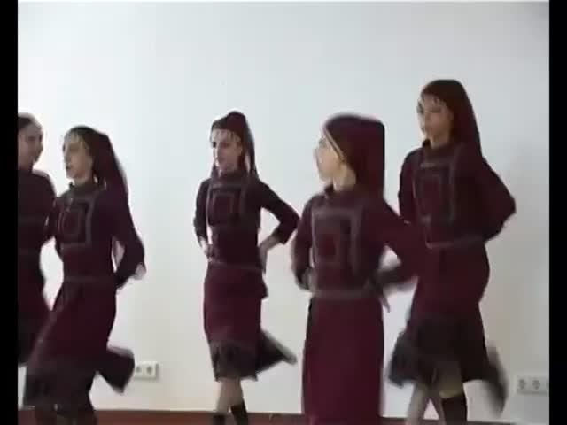 TV Ertsulovneba Marina UshveridzeTbilisi schools summary end of academic year event 1062012.mp4